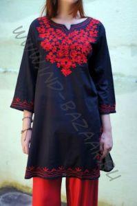 Чёрная женская индийская туника с вышивкой